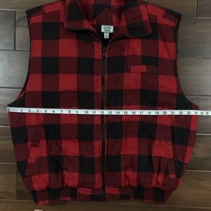 e2cc98d25e Ozark Trail Jackets   Coats - Ozark Trail Vintage Buffalo Plaid Flannel Vest
